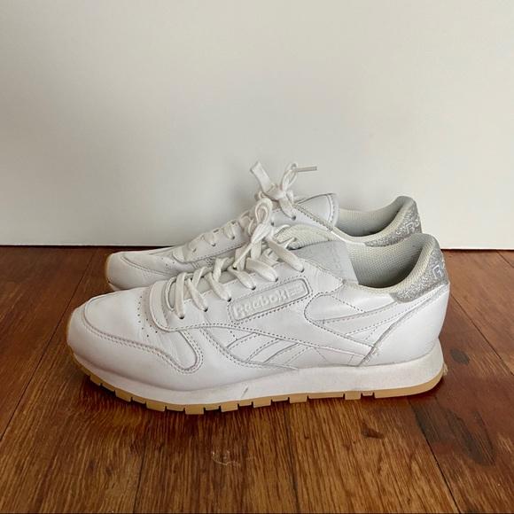 Reebok Shoes | White Silver Glitter